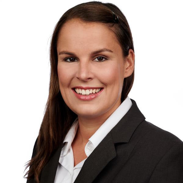 Lena Fricke - Zahnmedizinische Verwaltungsassistentin im Zahnzentrum St. Georg