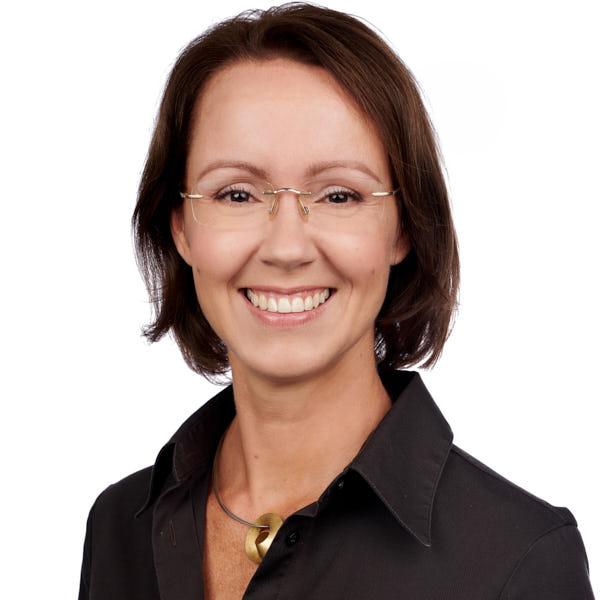 Portrait Dr Klaudia Brauner; Fachärztin für Kieferorthopädie